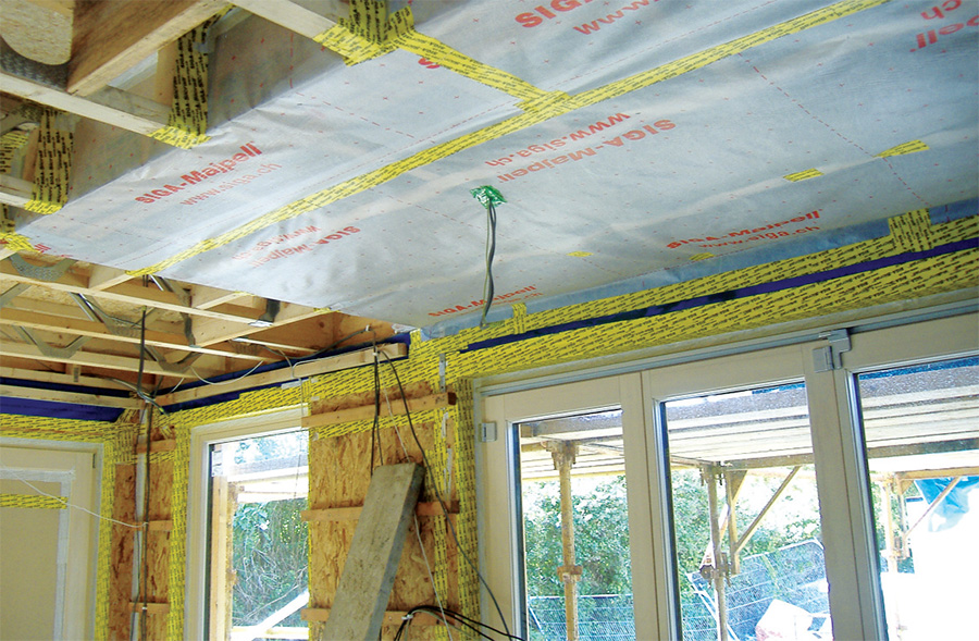 A Siga Majpell airtightness and vapour membrane, which was used in places in addition to the principle Pro Clima Intello vapour check